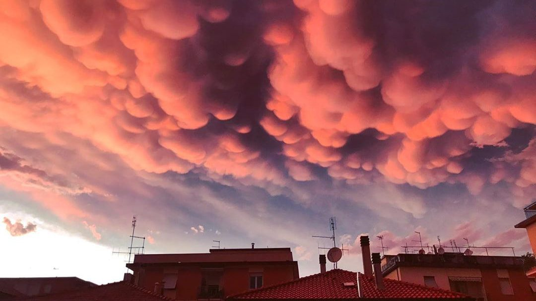 Oblaky druhu mammatus
